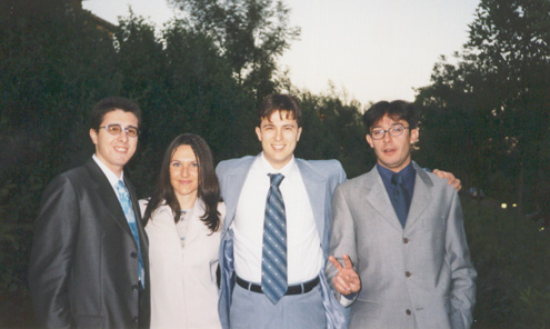 his bro, nadia, him and della in may 2001